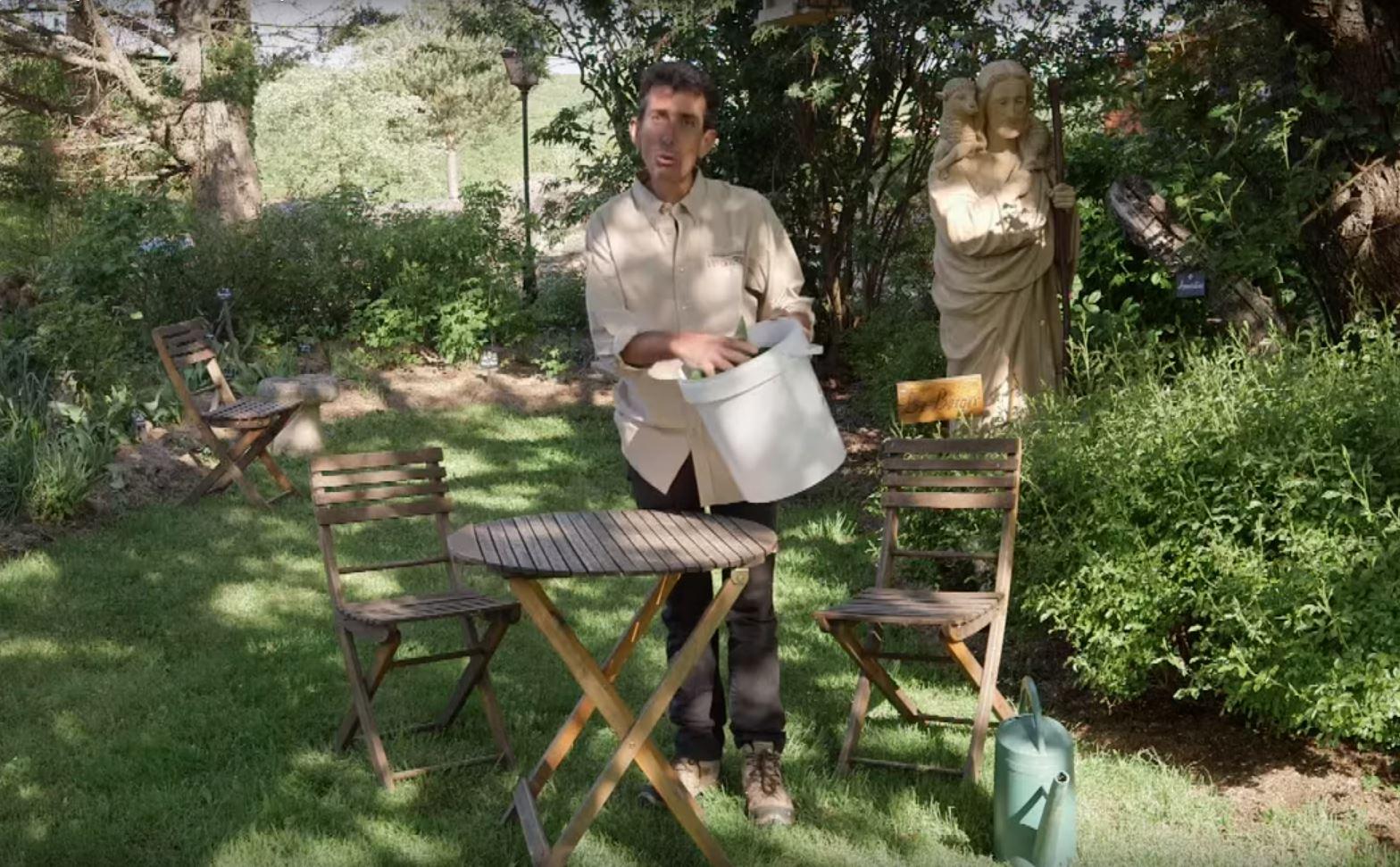 comment fabriquer un purin de consoude pour fertiliser son. Black Bedroom Furniture Sets. Home Design Ideas